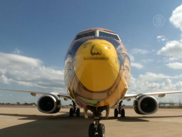 Футболисты Бразилии полетят на граффити-самолете