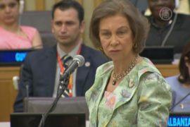 Королева Испании волнуется за нигерийских школьниц