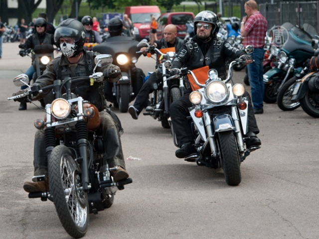 Тысячи байкеров на «Харлеях» собрались в Таллинне