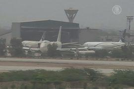 Аэропорт Пакистана снова под контролем военных