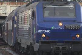 Работники железной дороги бастуют шестой день