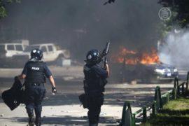 Албанцы протестовали против блокирования моста
