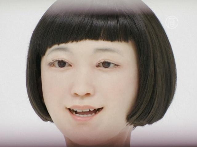 Роботы в Японии зачитывают новости и общаются