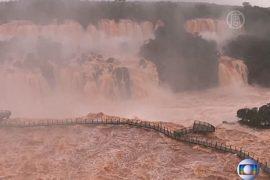 50 тысяч бразильцев эвакуированы из-за наводнений