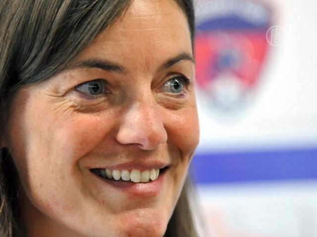 Французский ФК «Клермон» снова тренирует женщина