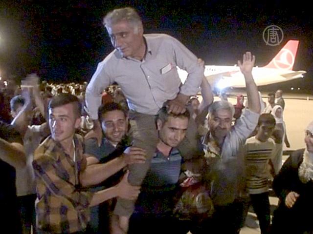 32 турецких водителя вернулись из иракского плена