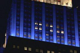 Эмпайр-стейт-билдинг подсветили в цвета Аргентины