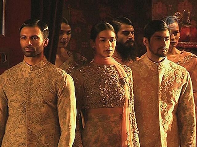 В Индии представили моду в духе Великих Моголов