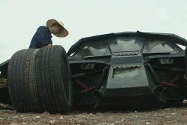 Китаец мастерит «Бэтмобили» из металлолома