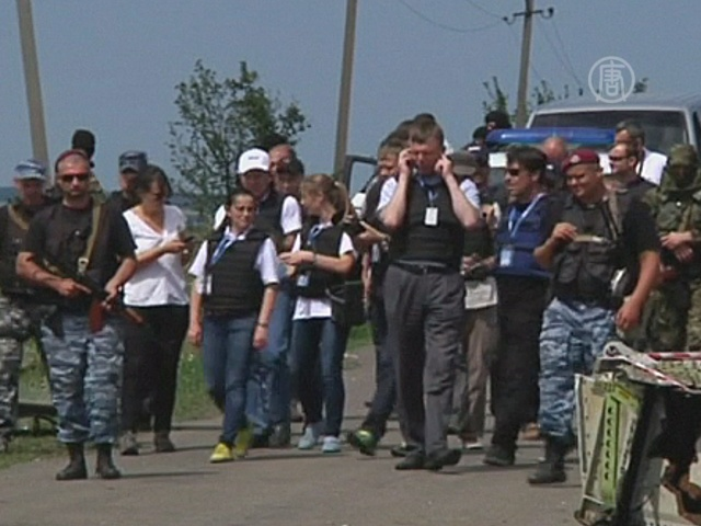 ОБСЕ пустили к месту крушения Боинга в Украине
