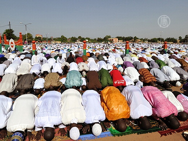Ураза-Байрам для многих мусульман прошёл под огнём