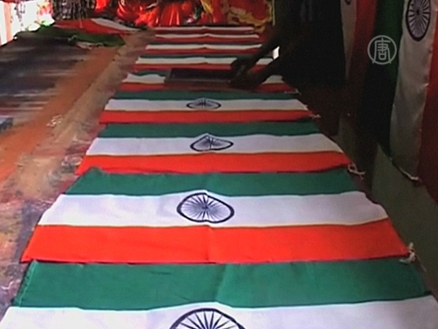 В Индии – бум производства флагов