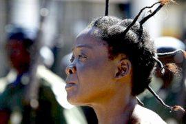 Причёски африканок приносят миллиарды