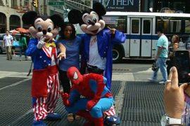 В Нью-Йорке борются с наглостью микки маусов