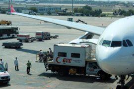 ВОЗ не рекомендует отменять рейсы из-за Эболы