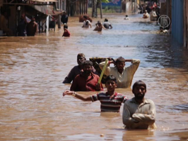 В Пакистане растет число жертв наводнения