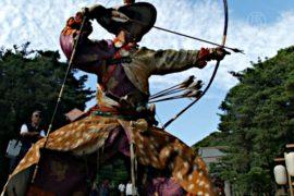 В Японии проводят древний самурайский ритуал