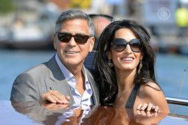 Свадебный кортеж Клуни проплыл по Венеции
