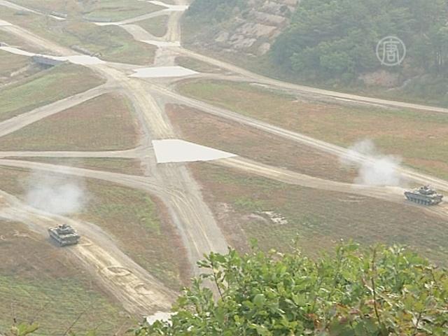 Южная Корея и США проводят военные учения