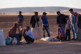160 тысяч сирийских курдов бежали в Турцию