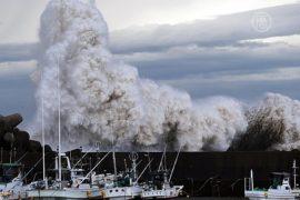 На Японию обрушился тайфун «Зверь», есть жертвы