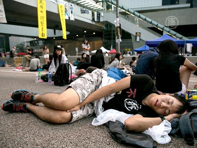 Протестующих Гонконга испытывают на стойкость