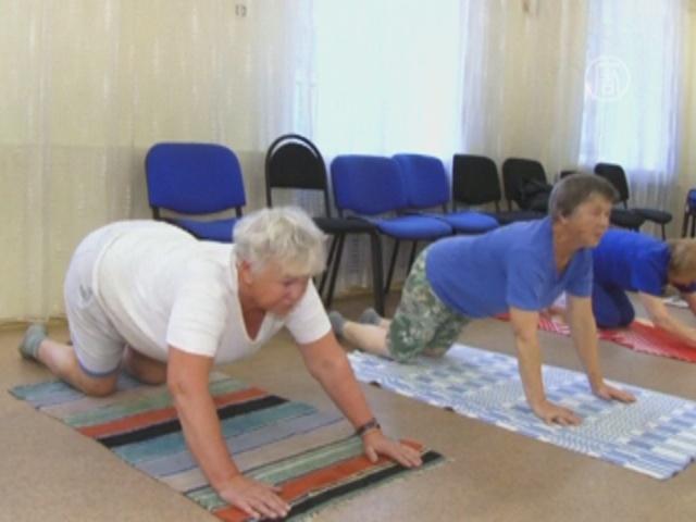 В Хабаровске преподают йогу для бабушек