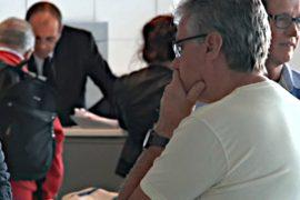 Франция начинает проверять рейсы из стран с Эболой