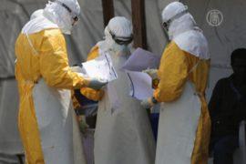 Либерийцам выдают защитные комплекты от Эболы