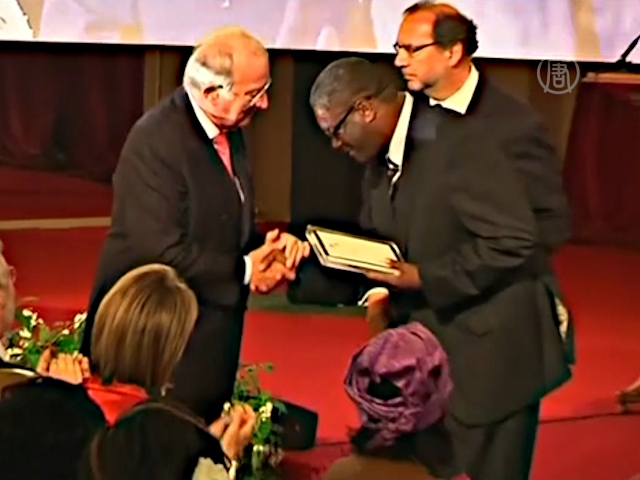 Премию Сахарова присудили врачу из Конго