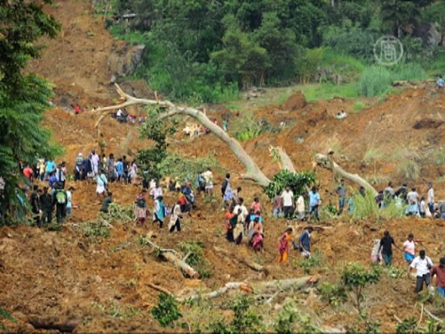 Живых под оползнем в Шри-Ланке уже не найдут