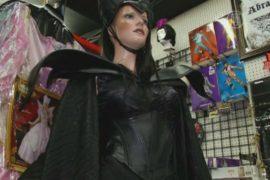 Хэллоуин становится праздником для взрослых