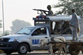 Индия укрепляет границу после взрыва в Пакистане