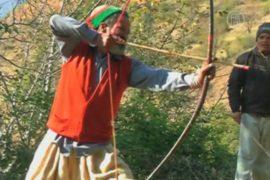 Индийцы хотят сохранить древний танец лучников