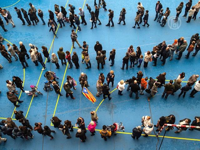 В Каталонии состоялось символическое голосование
