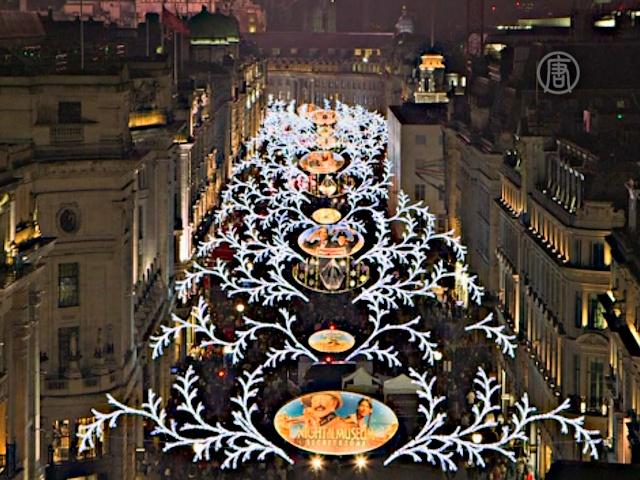 В центре Лондона зажгли рождественские огни