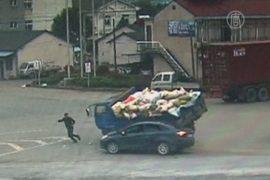 Пешеход чудом не пострадал при аварии