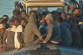 Ливийские ВМС спасли мигрантов в море