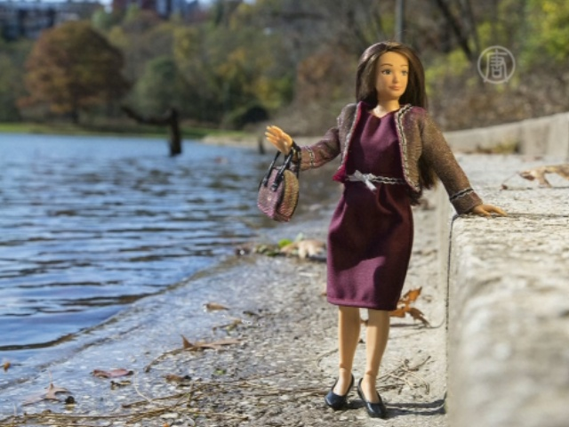 Куклу с нормальными пропорциями сделали в США
