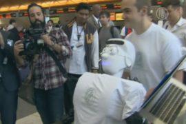 Робот полетел в самолёте как пассажир