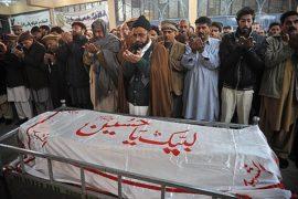 В Пакистане хоронят убитых детей
