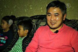 Киргизские рабочие уезжают из России
