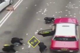 Миллионы долларов разлетелись по дороге в Гонконге