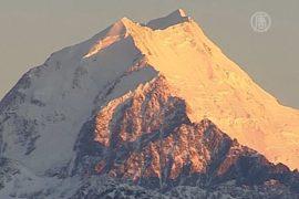 Пропавших альпинистов ищут на высочайшей горе Зеландии