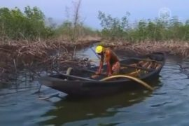 Нигерийской общине заплатят за разлив нефти