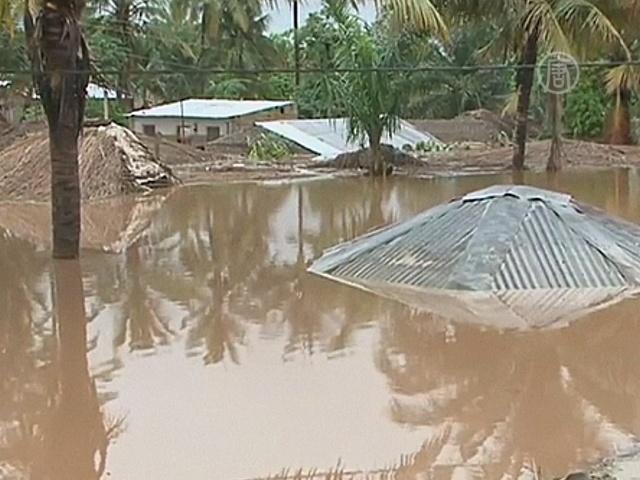 25 детей могли утонуть при наводнении в Мозамбике