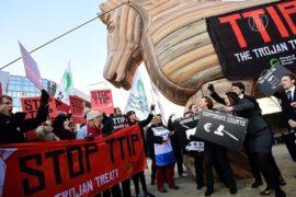 Европейцы опасаются торгового договора с США