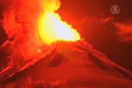 В Чили извергается вулкан Вильяррика