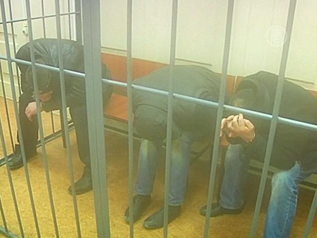 Подозреваемые в убийстве Немцова арестованы судом