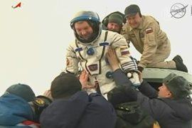 Международный экипаж вернулся с МКС